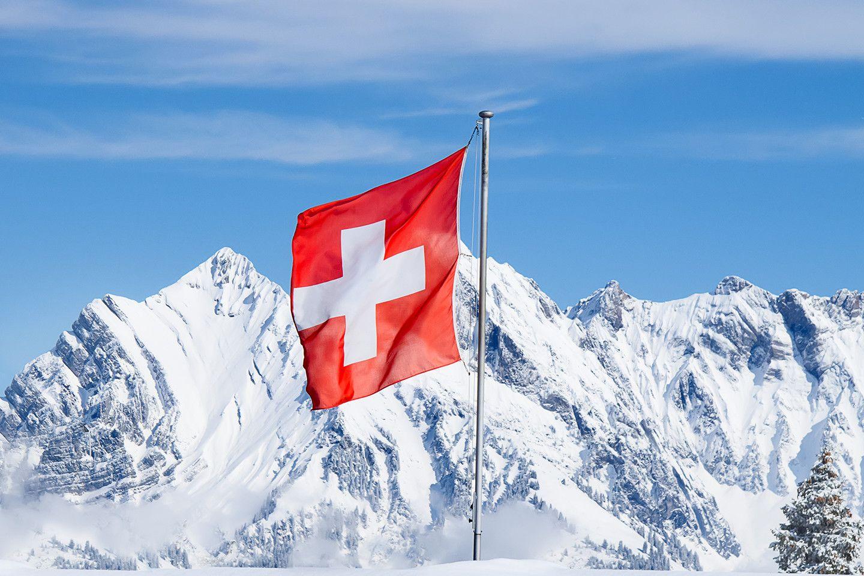Switzerland-flag-mountains