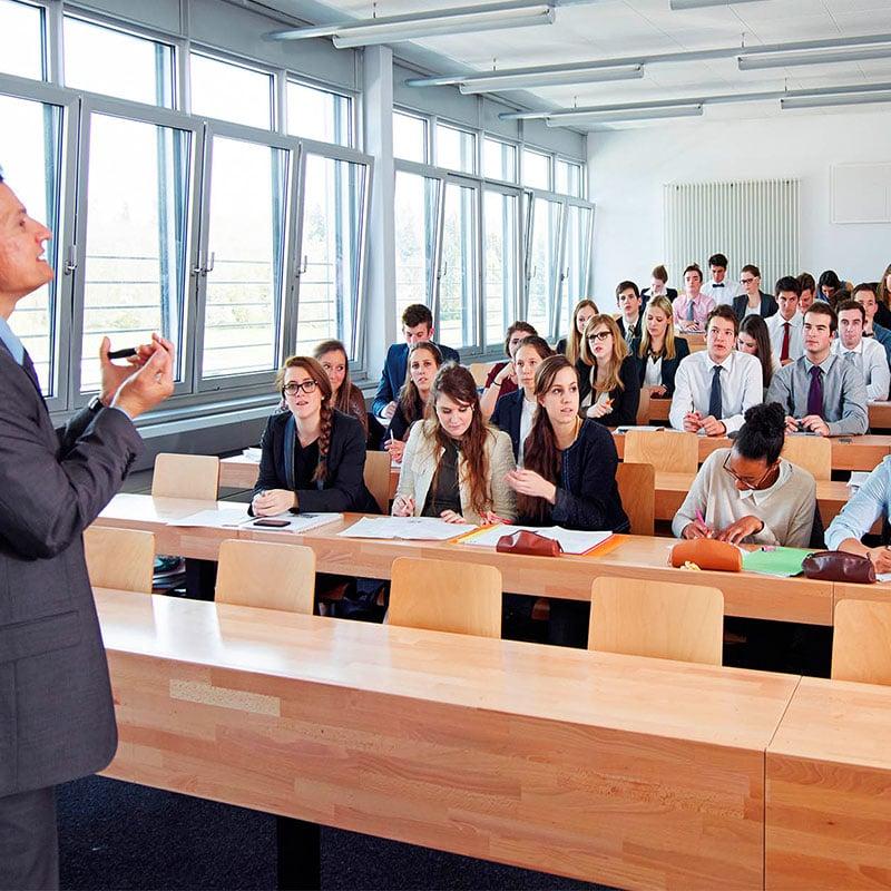 EHL-classroom-students3