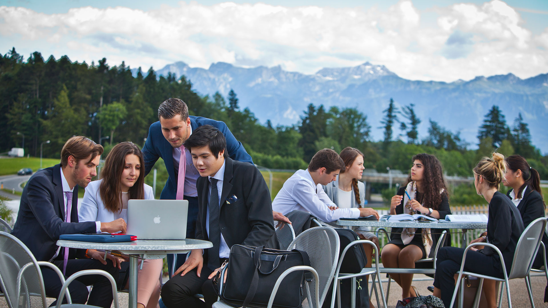 Students-on-EHL-Terrace