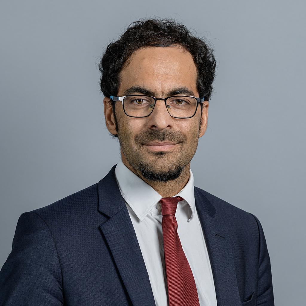Dr Reza Etemad-Sajadi